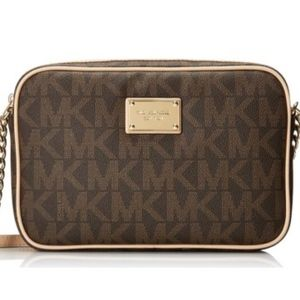 "Michael Khors ""Jet Set"" Crossbody bag"